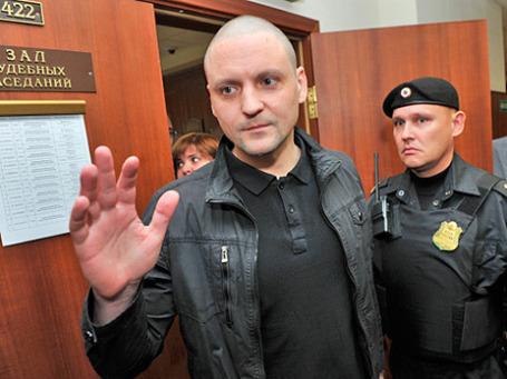 Сергей Удальцов в здании Мосгорсуда после судебного заседания 6 ноября 2013 года. Фото: РИА Новости