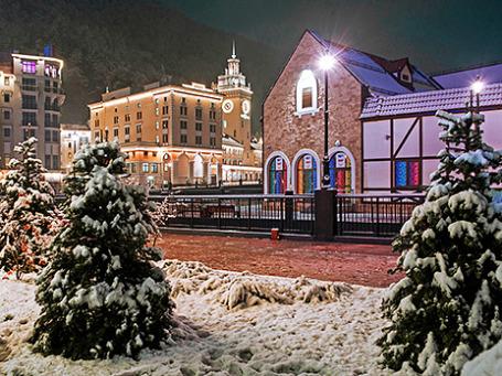 Вид на горнолыжный курорт в Красной поляне. Фото: РИА Новости