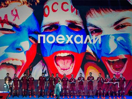 Главный тренер сборной России по футболу Фабио Капелло на презентации новой формы, в которой россияне будут выступать на ЧМ-2014 в Бразилии. Фото: РИА Новости
