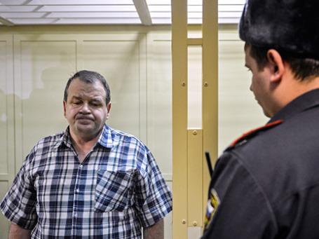 Авиадебошир Сергей Кабалов  во время рассмотрения уголовного дела в отношении него в Московском областном суде 13 ноября 2013 г. Фото: РИА Новости