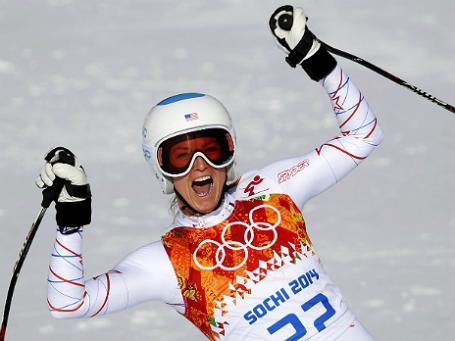 Американка Джулия Манкусо в финишной зоне этапа скоростного спуска в супер-комбинации среди женщин на зимних Олимпийских играх в Сочи. Фото: Reuters