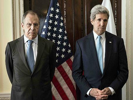 Министр иностранных дел России Сергей Лавров (слева) и госсекретарь США Джон Керри (справа). Фото: Reuters.