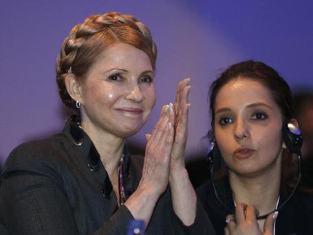 Юлия Тимошенко (слева) во время встречи с членами Европейской народной партии в Дублине, 7 марта 2014 года. Фото: Reuters.