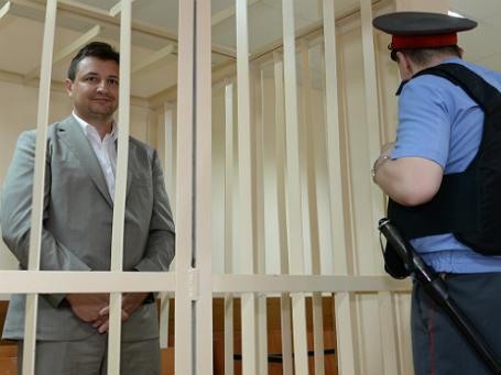 Экс-глава Росбанка Владимир Голубков считает, что его бывшая подчиненная его оговаривает. Фото: РИА Новости.