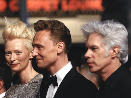 Режиссер Джим Джармуш (справа) и актеры Том Хидлстон (в середине) и Тильда Суинтон на презентации фильма «Выживут только любовники» на 66-ом кинофестивале в Каннах. Фото: Reuters.