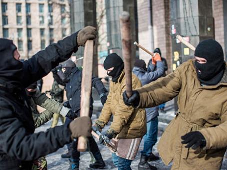 Тренировка бойцов из организации «Правый сектор» в Киеве. Фото: РИА Новости