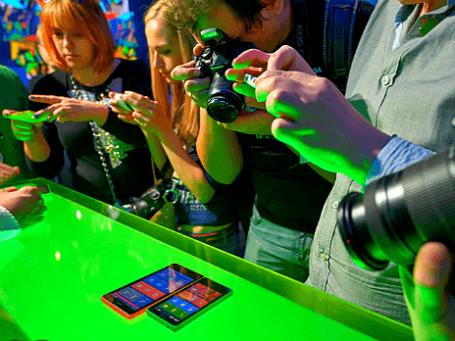 Первые Android–фоны от Nokia вызвали повышенный интерес. Фото: пресс-служба Nokia