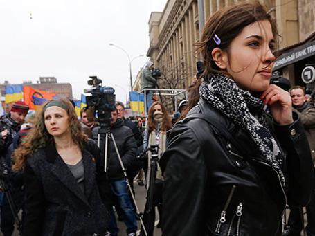 Участницы панк-группы «Pussy Riot» Надежда Толоконникова и Мария Алехина (справа налево). Фото: Reuters