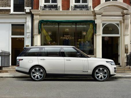 Range Rover LWB. Фото: Land Rover