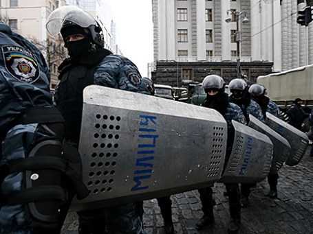 Сотрудники спецподразделения «Беркут» МВД Украины