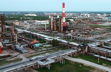 Вид на «Рязанский нефтеперерабатывающий завод».