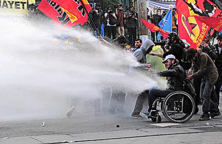 Акция протеста в связи с трагедией на угольной шахте в Стамбуле, Турция, 14 мая 2014.
