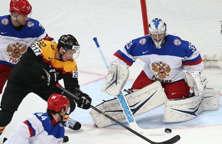 Сборная России и Германии во время матча чемпионата мира по хоккею в Минске.