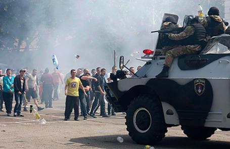 Массовые беспорядки в Одессе 19 мая 2014.