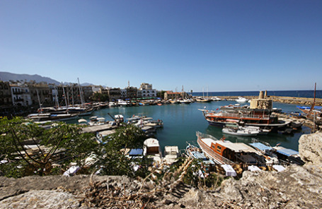 В старом порту Кирения, Кипр.