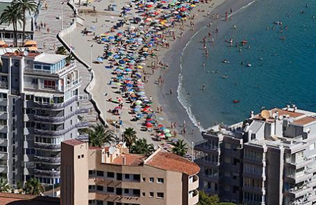 Пляж недалеко от Аликанте, Испания.