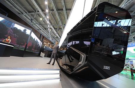 Презентация низкопольного трамвая R1 в Екатеринбурге.