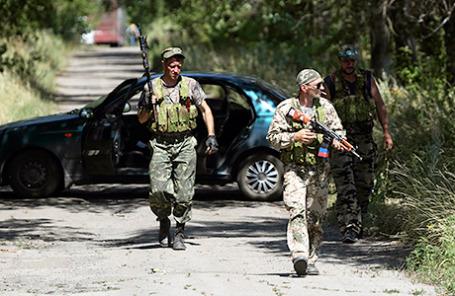 Вооруженные пророссийские сепаратисты в Донецком регионе.