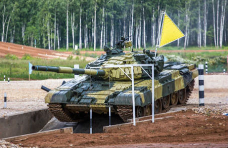 Танк-участник Чемпионата мира по танковому биатлону