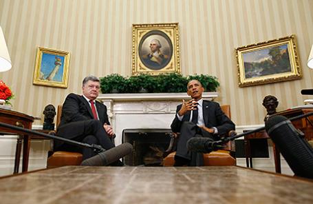Президент Украины Петр Порошенко и президент США Барак Обама во время встречи в Белом доме в Вашингтоне, США.