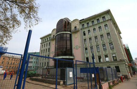 Здание БЦ «Поварская Плаза» на Поварской улице, которое принадлежит украинскому олигарху Игорю Коломойскому.