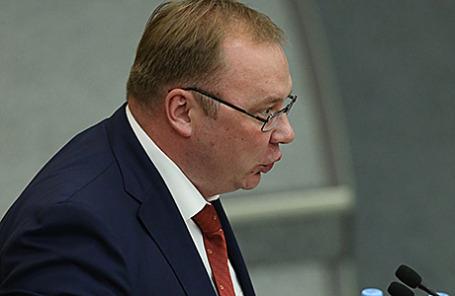 Депутат от КПРФ Николай Паршин.