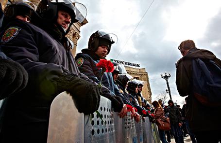 Митинг в поддержку референдума о статусе Крыма в Харькове 16 марта 2014.