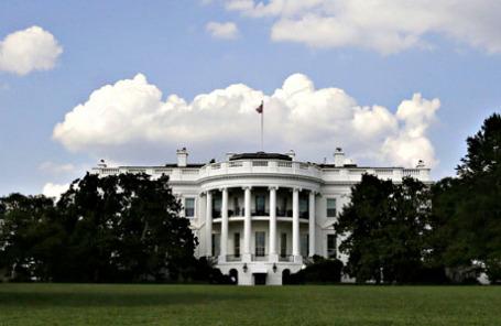 Вид на Белый дом в Вашингтоне.