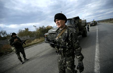 Украинский военный недалеко от Славянска.
