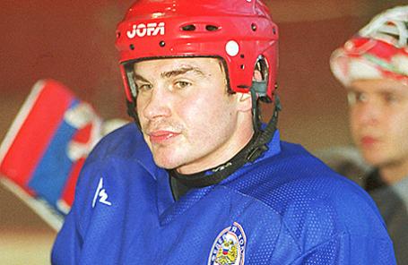Хоккеист Валерий Карпов.
