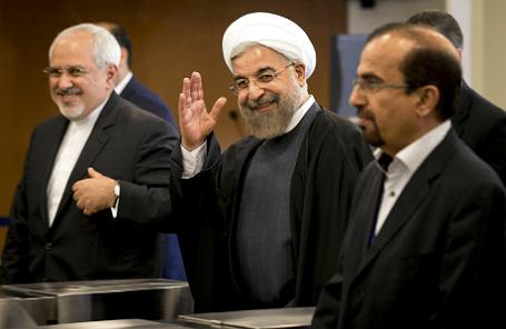 Президент Ирана Хасан Роухани (в центре).