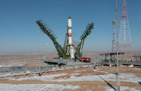 Ракета «Союз 2.1а» с транспортным грузовым кораблем «Прогресс М-25М»