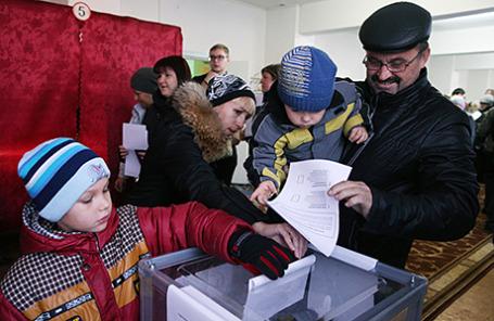 Выборы главы ДНР и депутатов Народного Совета республики, Донецк, Украина, 2 ноября 2014.