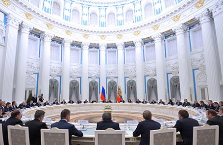 На встрече президента РФ Владимира Путина с представителями крупного бизнеса в Кремле, 19 декабря 2014.