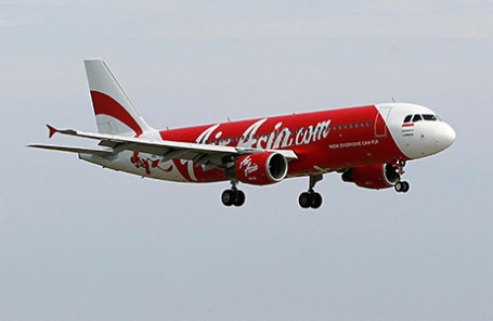 Самолет Airbus A320-200 компании AirAsia.