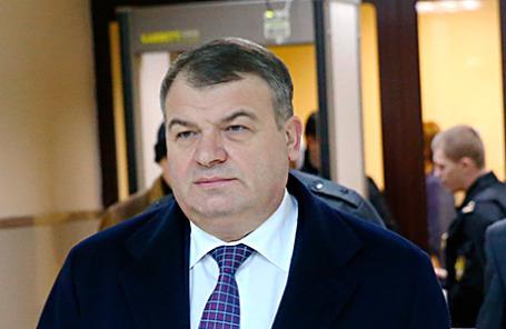 Бывший министр обороны Анатолий Сердюков в Пресненском суде.