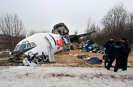 Самолет Ту-154 авиакомпании «Авиалинии Дагестана», совершивший аварийную посадку в аэропорту Домодедово 5 декабря 2010.