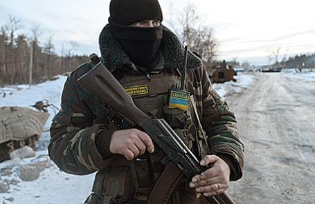 Украинские военнослужащие в Луганской области.