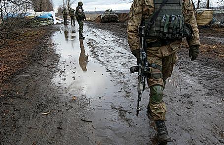 Украинские военнослужащие в Дебальцево, Донецкая область.