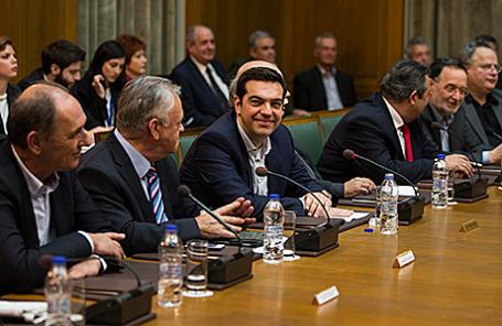 Алексис Ципрас во время заседания правительства в Афинах, Греция.