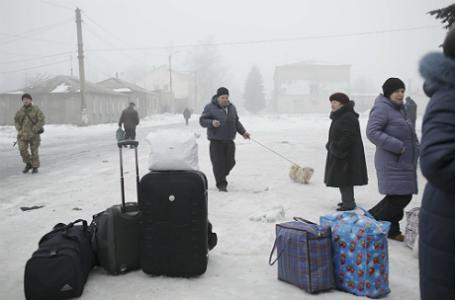 Эвакуация населения из Дебальцево.