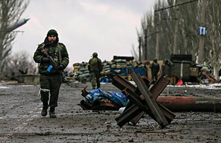 Бойцы армии ДНР на окраинах Углегорска, Донецкая область,