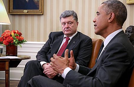 Президент Украины Петр Порошенко и президент США Барак Обама (слева направо).