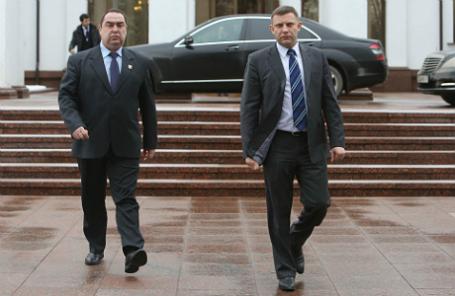 Лидеры ЛНР и ДНР Игорь Плотницкий и Александр Захарченко (слева направо) по окончании переговоров в «нормандском формате».