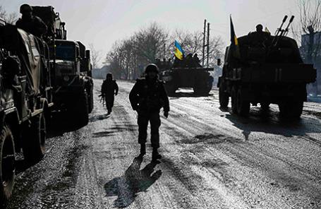 Украинские военнослужащие в Дебальцево.