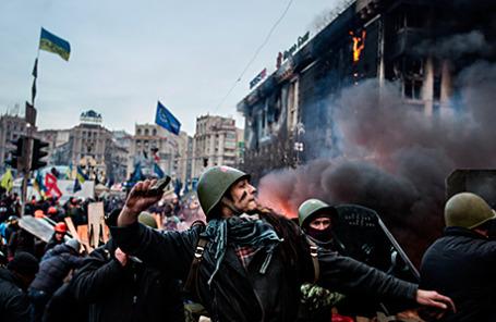 Во время массовых беспорядков на площади Независимости в Киеве 19 февраля 2014 года.