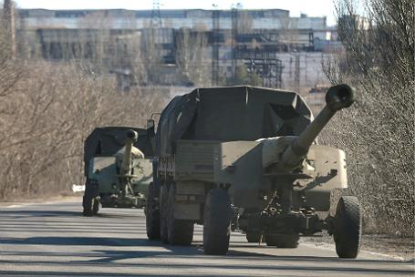 ДНР начала полномасштабный отвод тяжелой военной техники.