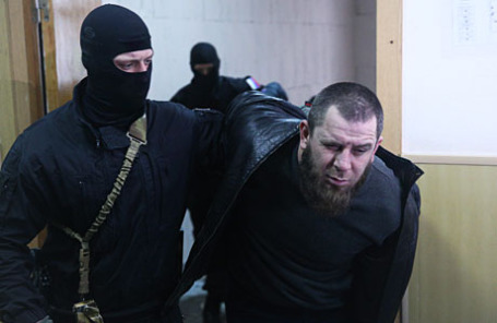 Один из подозреваемых в убийстве политика Бориса Немцова в Басманном суде, где рассматривается ходатайство об аресте подозреваемых.