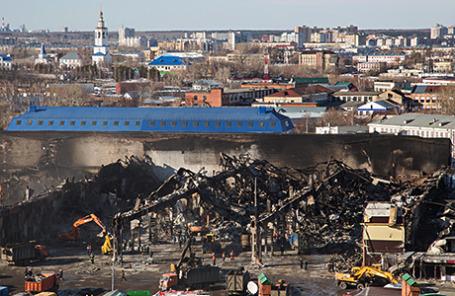 Вид на сгоревший торговый центр «Адмирал».
