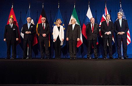 Участники переговоров по иранской ядерной программе в Лозанне, Швейцария, 2 апреля 2015.